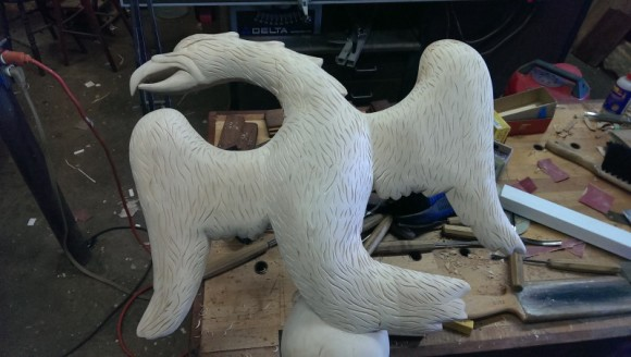 Carving an Eagle in the Round (part 5)